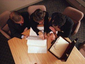 Заключение договора купли-продажа квартиры: нюансы, которые обязаны знать участники сделки